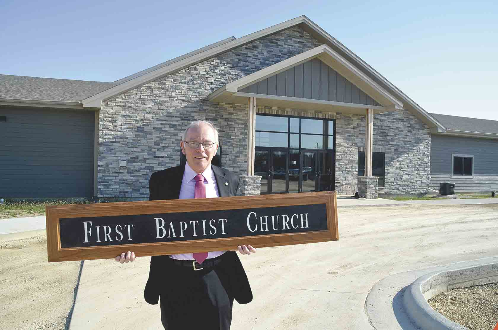 After 47 years in Baptist ministry, 45 as a full-time pastor, First Baptist Church Pastor Lee Boleyn will retire in June. He has enjoyed leading the church he grew up in, which he took over in 2002 after 22 years of service as an Air Force Chaplain.One last sermon...