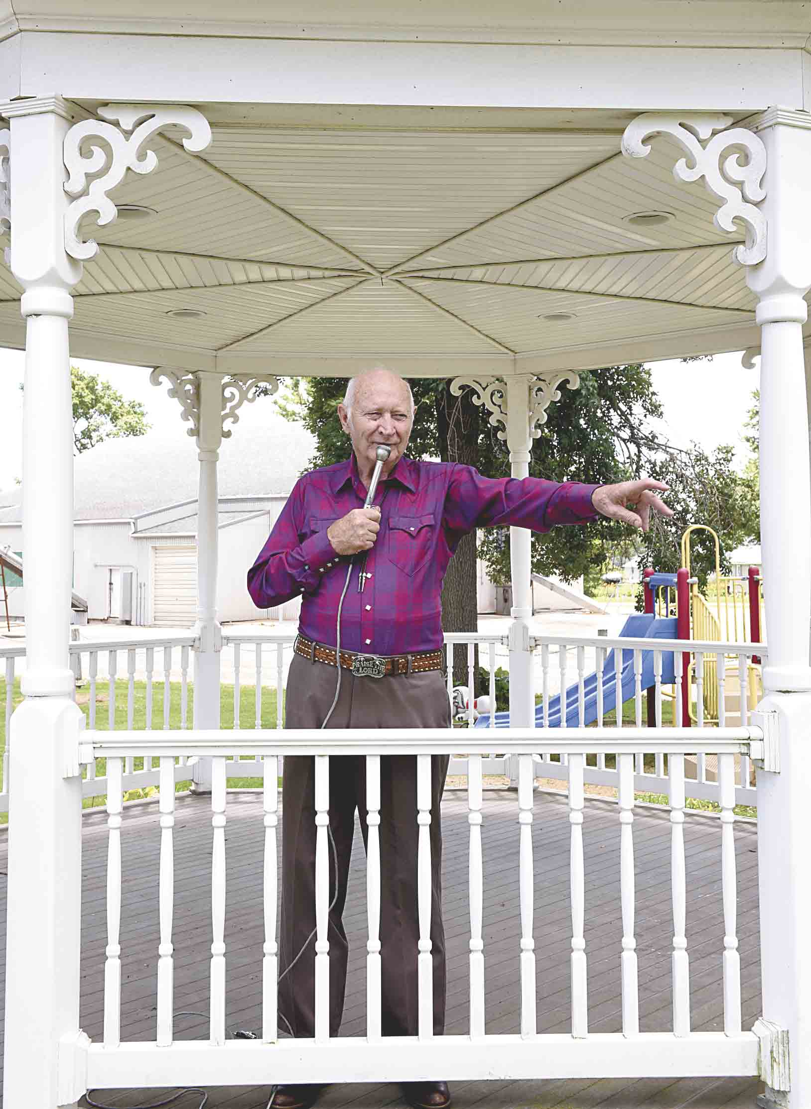 Les LaLone, Hall of Fame square dance caller, will be calling square dancing at 12:30 p.m. Wednesday, July 26, in the Dance Pavilion at the Fayette County Fair this year. The Hawkeye resident has primarily called in a five-state region in the Midwest, but he has also called for crowds of...