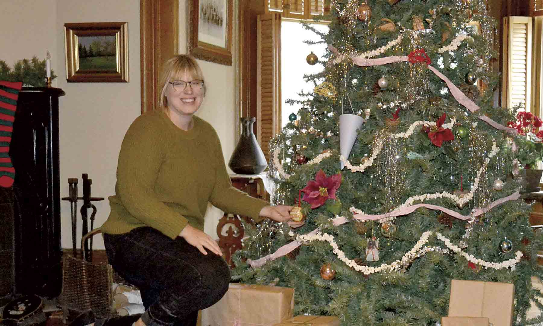 Hannah Frederick, Montauk Site coordinator decided to follow a classic Victorian style of decorating for this years Montauk Holiday Open House on Saturday December 7 and Sunday December 8.According to Frederick, the Larrabee family's Christmas decorating style would have been much...